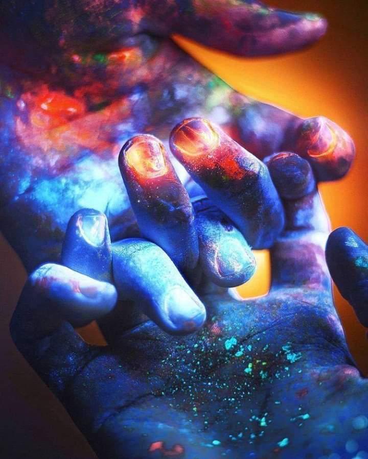 ON NE RENCONTRE PERSONNE PAR HASARD – 7 types de connexions cosmiques
